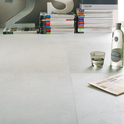 Feinsteinzeugfliese Betontech White 60 X 60 Von Tiles By Pecasa